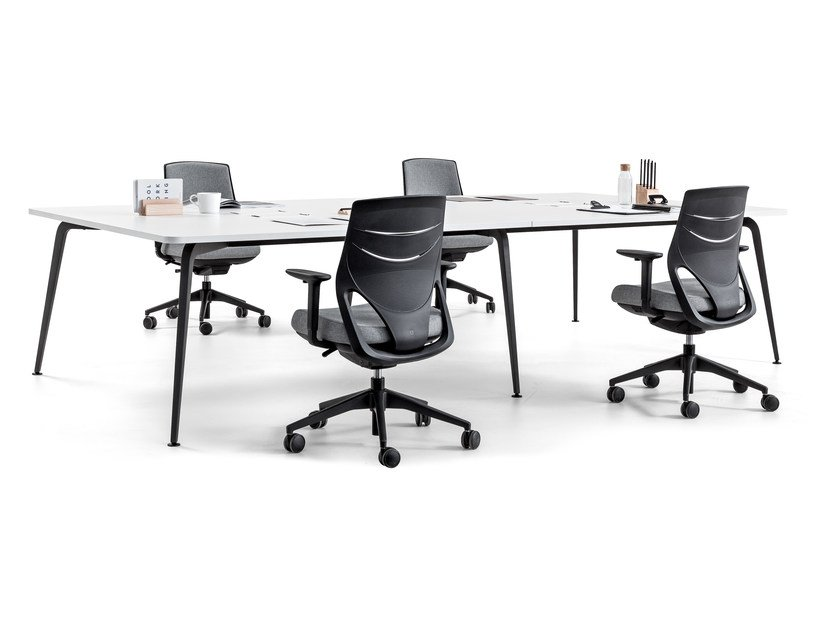 Rectangular meeting table TWIST | Meeting table by ACTIU