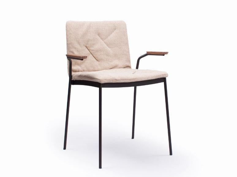 Upholstered chair with armrests TYRIS | Chair with armrests by Punt