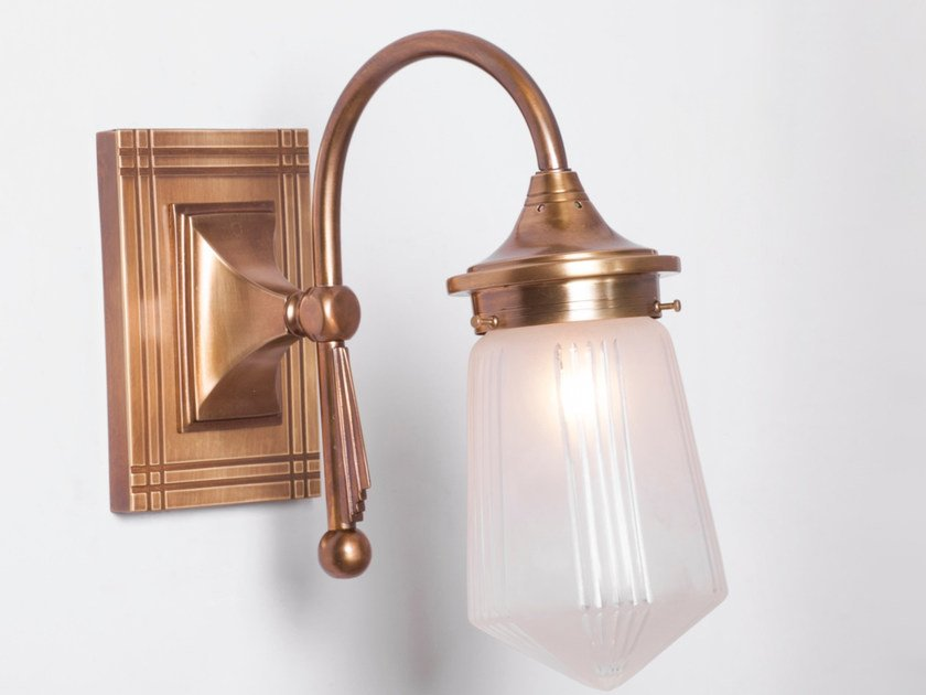 Direct light brass wall lamp TYROL I | Wall lamp by Patinas Lighting