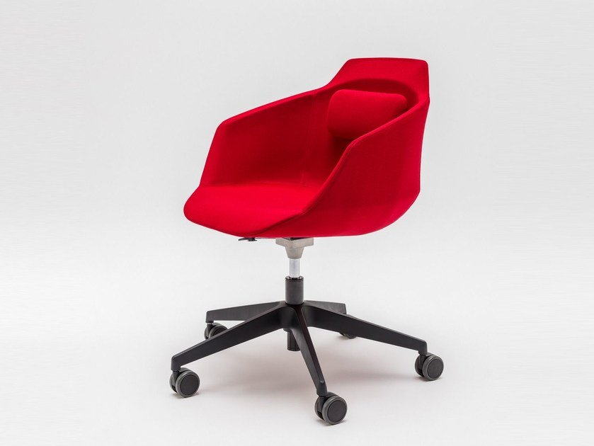 Fabric chair with 5-spoke base with armrests with castors ULTRA P11KM, P11KT by MDD