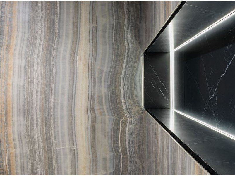 Porcelain stoneware wall/floor tiles with marble effect ULTRA ONICI - GREY ONYX VEIN CUT by ARIOSTEA