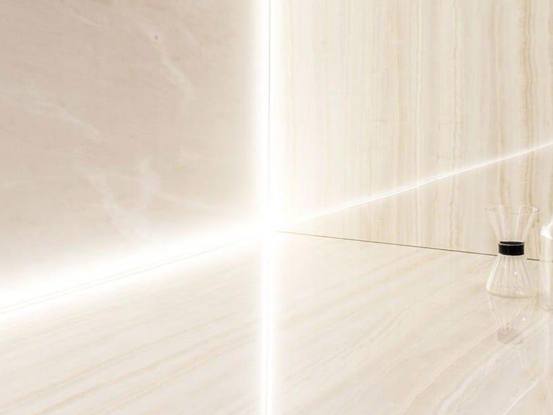 Pavimento/rivestimento in gres porcellanato effetto marmo ULTRA ONICI - ONICE IVORY by ARIOSTEA