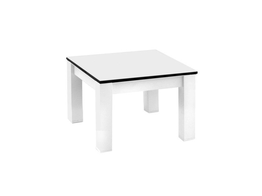 HPL garden side table UNA | HPL garden side table by calma