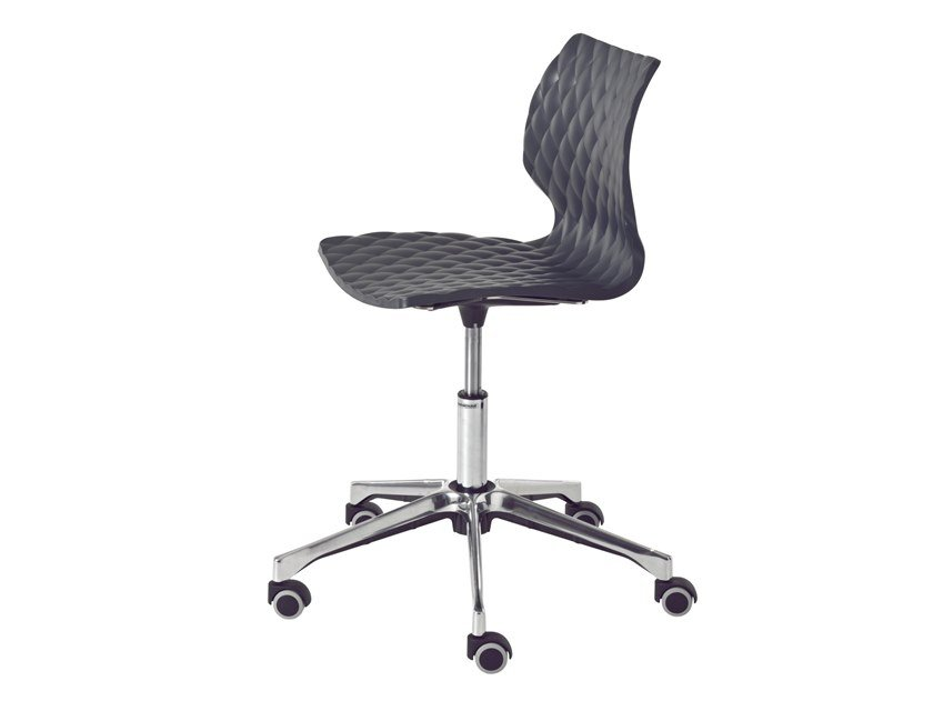 Task chair with 5-Spoke base with casters UNI 558-DR by Metalmobil