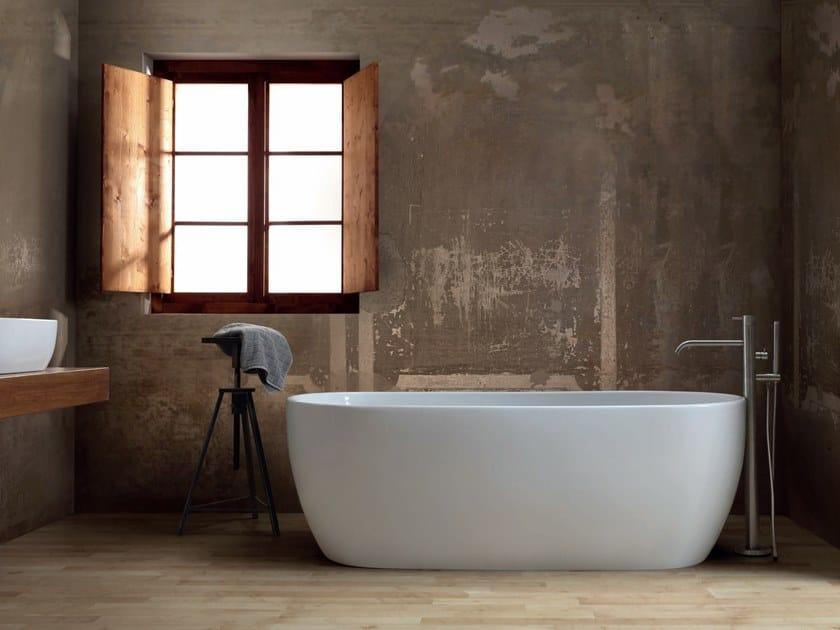 Freestanding oval ceramic bathtub UNICA | Bathtub by Alice Ceramica