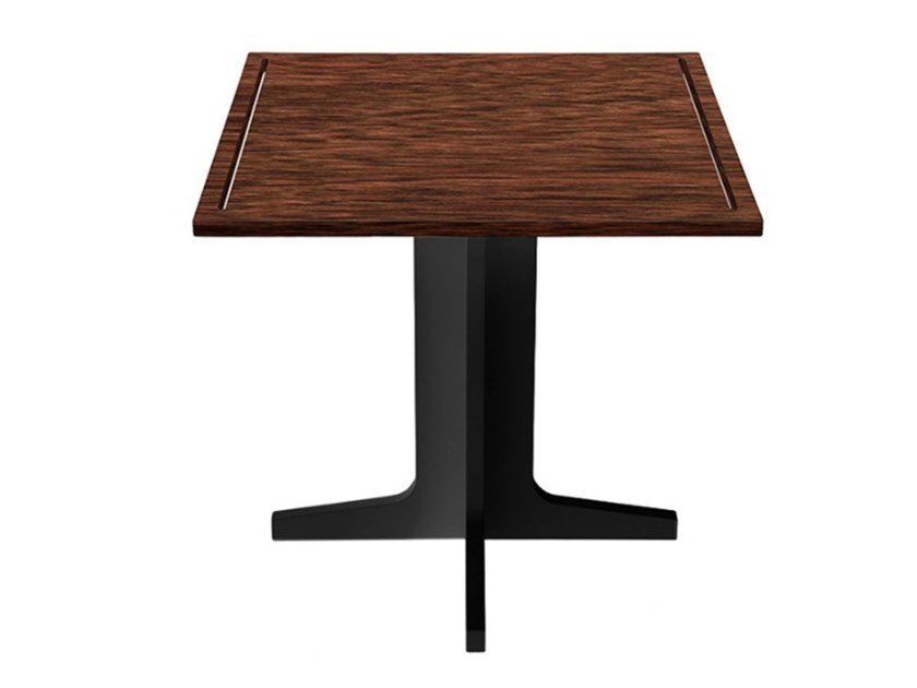 Square solid wood table UNNO by Conceito Casa