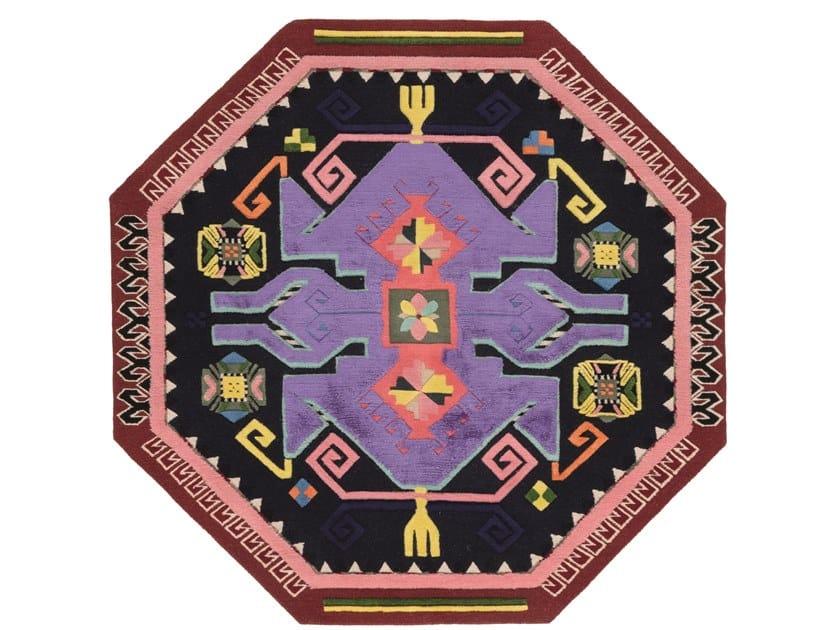 Handmade custom rug USHAK INVADER by cc-tapis
