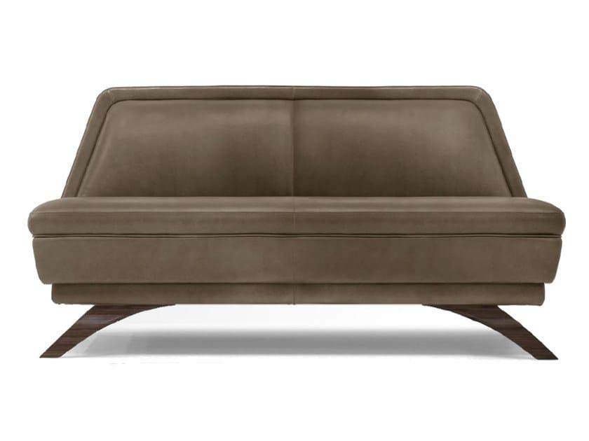 Leather small sofa V060 | Small sofa by Aston Martin