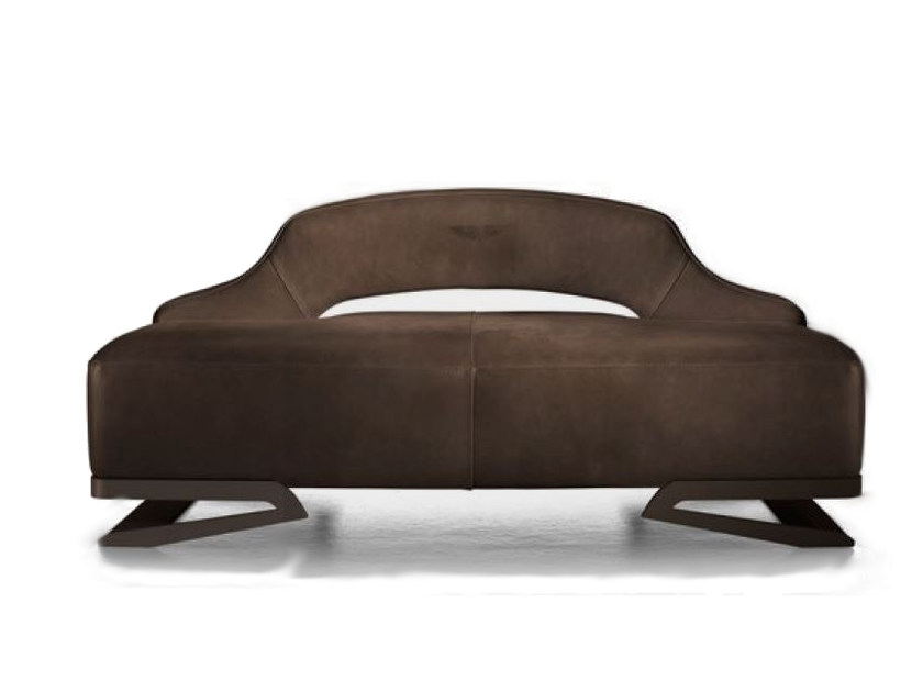 Upholstered leather armchair V055/B | Armchair by Aston Martin