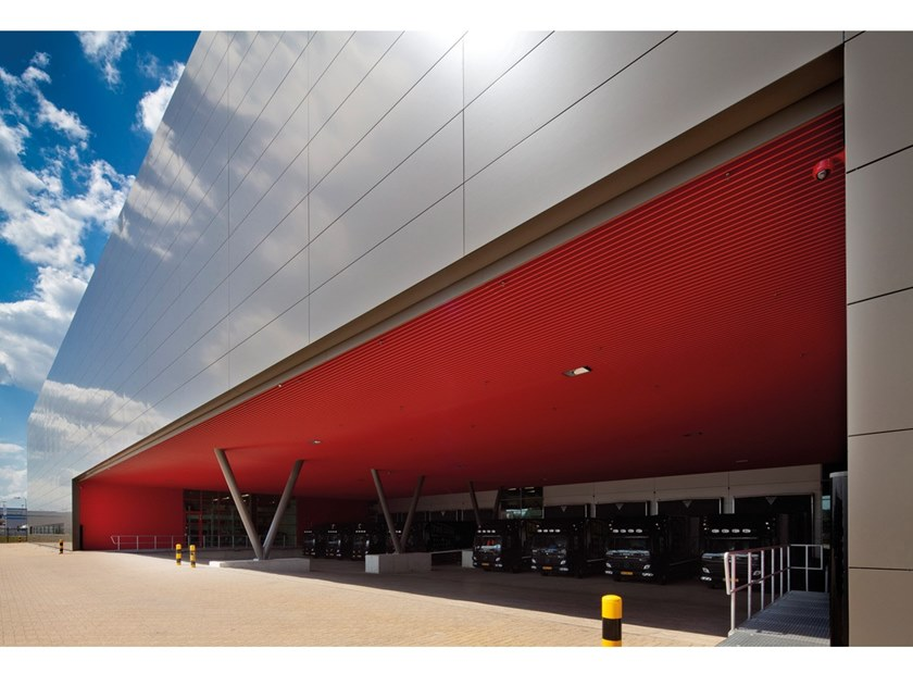 Metal ceiling tiles V100 EXTERIOR by HunterDouglas Architectural