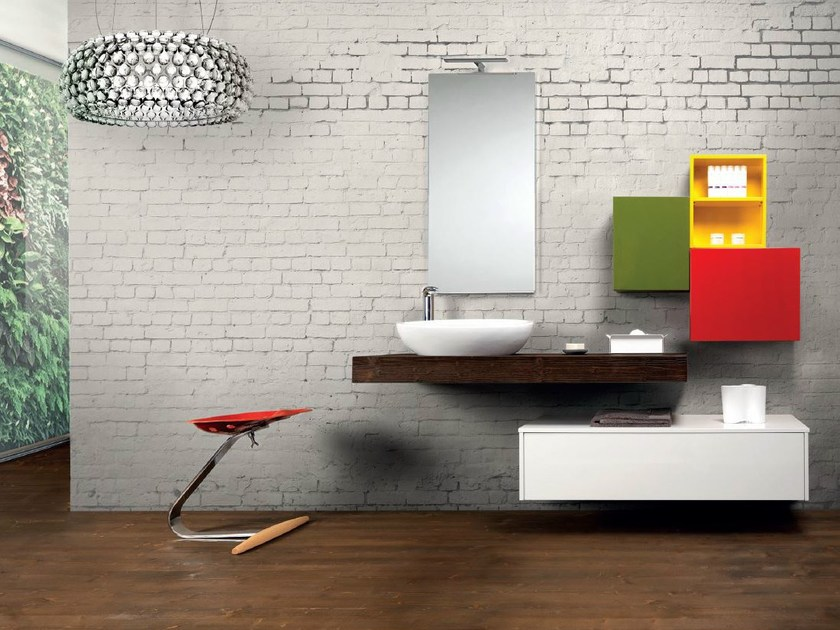 Wall-mounted vanity unit V51 by Mobiltesino