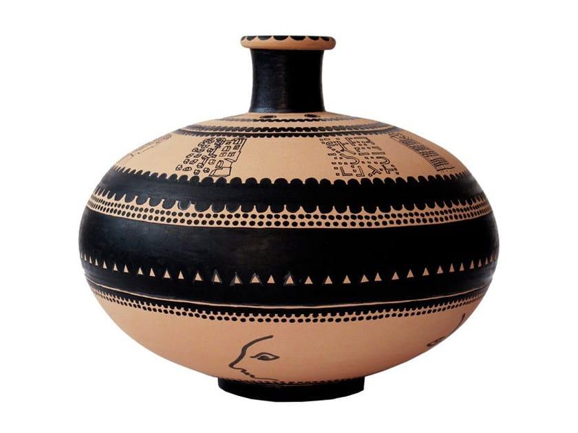 Terracotta vase VEIA II by Kiasmo