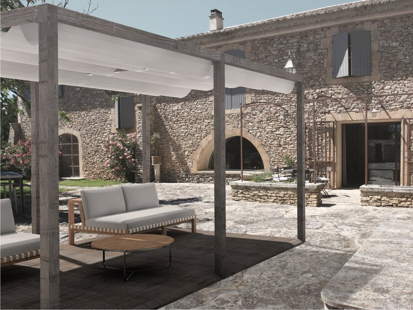 Freestanding wooden pergola with sliding cover VENERE by ALCE
