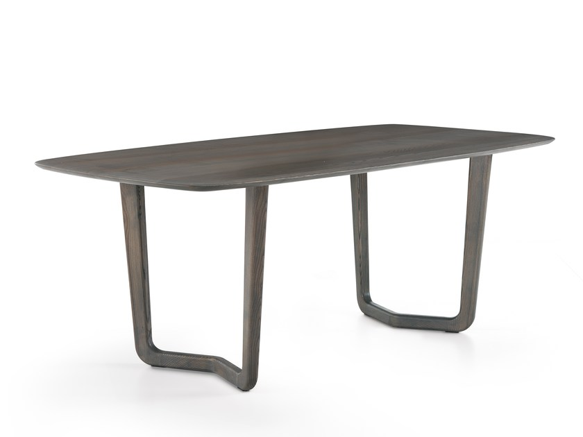Rectangular solid wood table VENTO | Rectangular table by Oliver B.