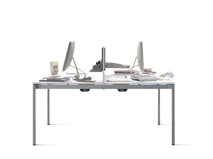 Office workstation / office desk VERON | Office desk by Wiesner-Hager