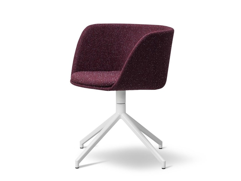Fabric chair with 4-spoke base VERVE | Fabric chair by FREDERICIA FURNITURE