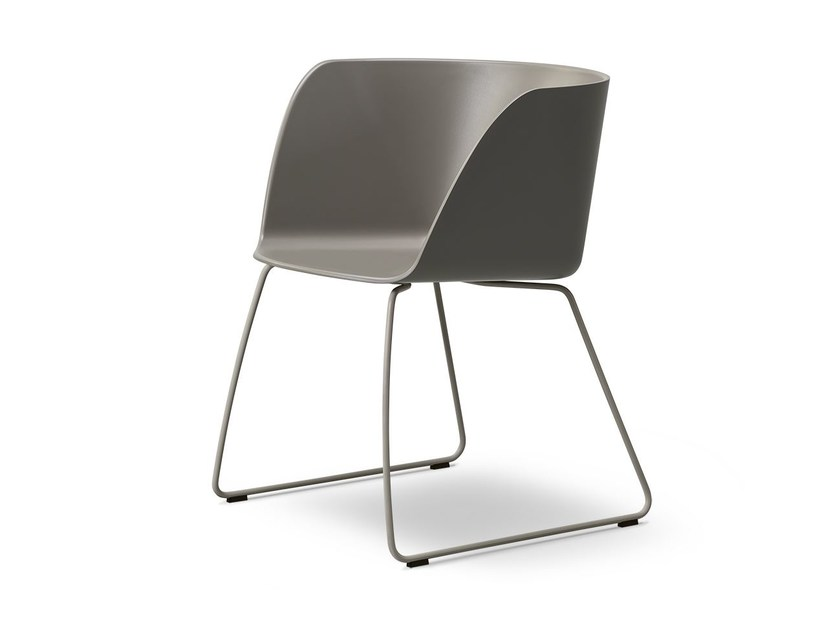 VERVE   Sled base chair