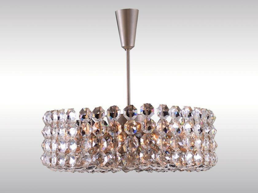 Classic style crystal pendant lamp VERY LARGE BAKALOWITS CHANDELIER by Woka Lamps Vienna