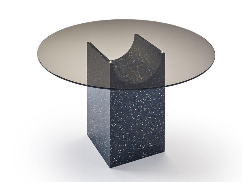 Tavolo rotondo con piano in vetro e base in iQ Surface VESTIGE   Tavolo rotondo by Sancal
