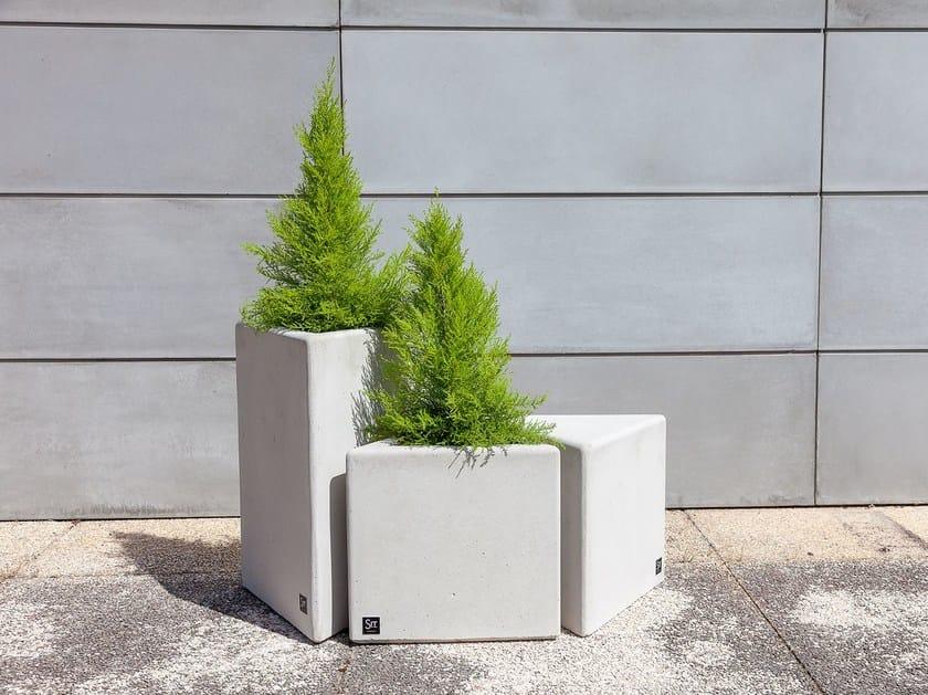 Low Flower pot VIDA | Flower pot by SIT