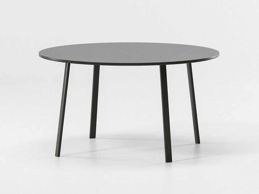 Round aluminium garden table VILLAGE | Round table by Kettal