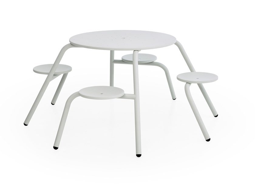 Round picnic table with integrated seats VIRUS 4-SEATER by Extremis