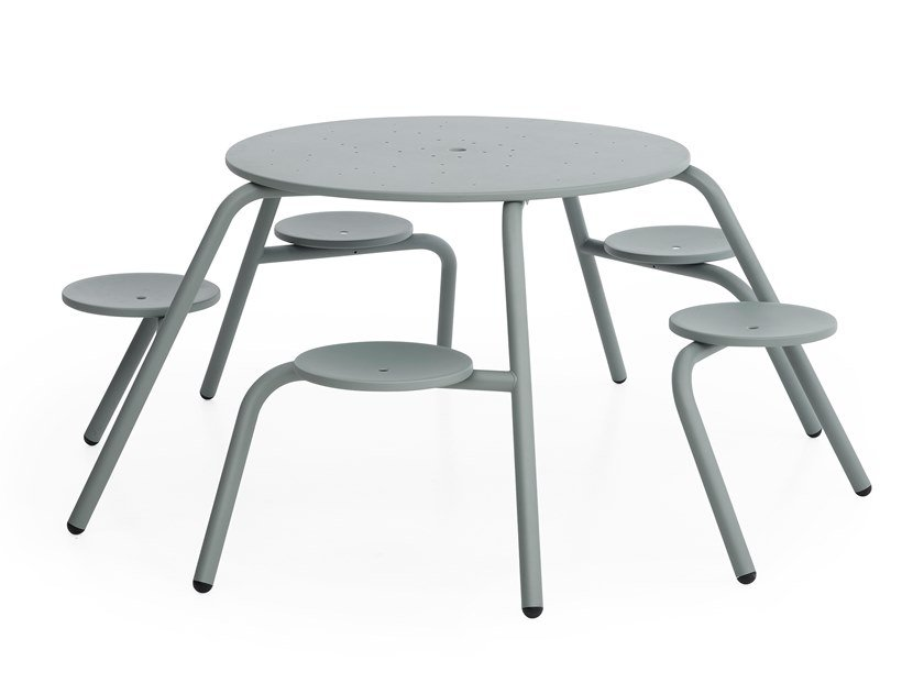 Round metal picnic table with integrated seats VIRUS 5-SEATER by Extremis