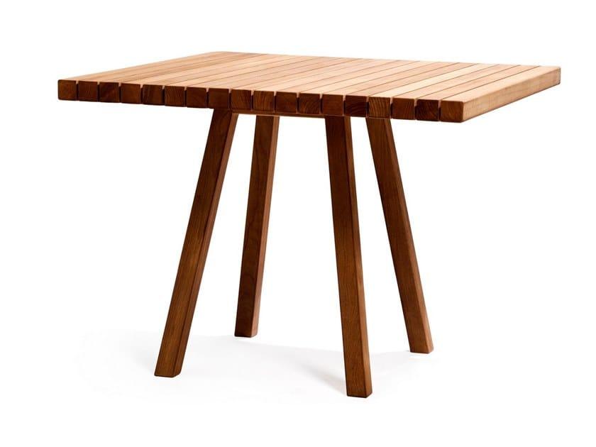 Square teak garden table VIS À VIS | Square table by TRIBÙ