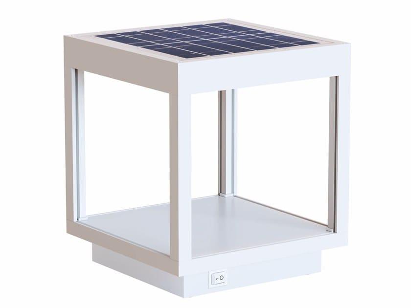 LED solar powered aluminium floor lamp VISOR SOLAR by BENEITO FAURE