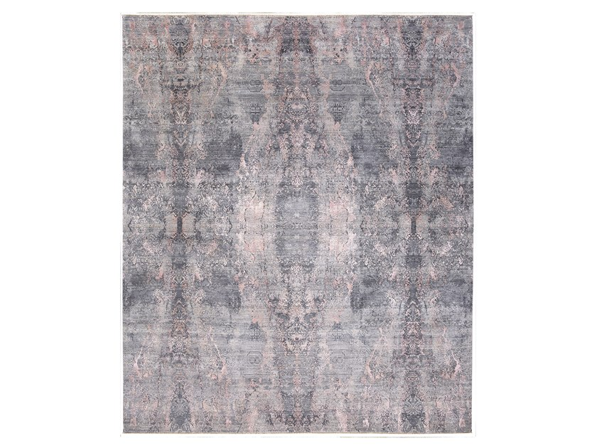 Handmade custom rug VISUAL GREY PINK by Thibault Van Renne