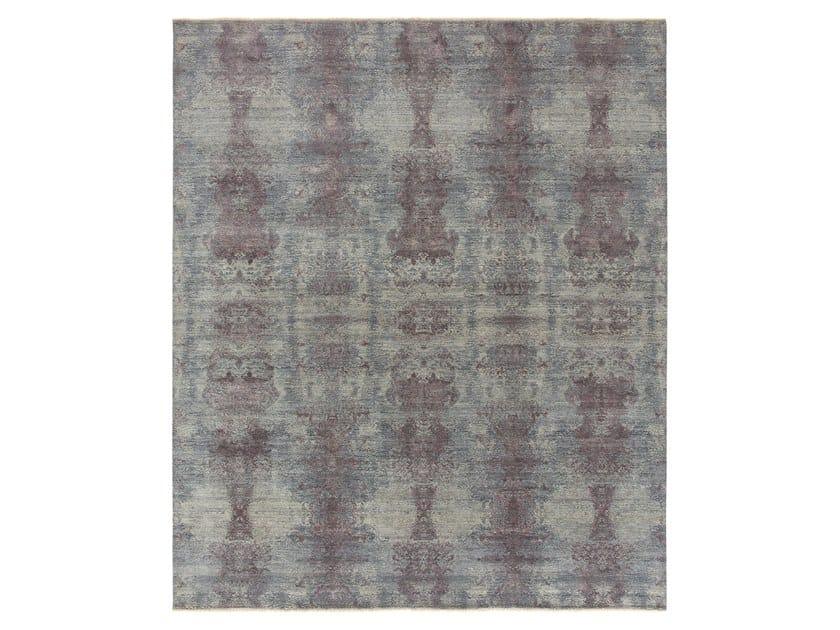 Handmade custom rug VISUAL MM 136 by Thibault Van Renne