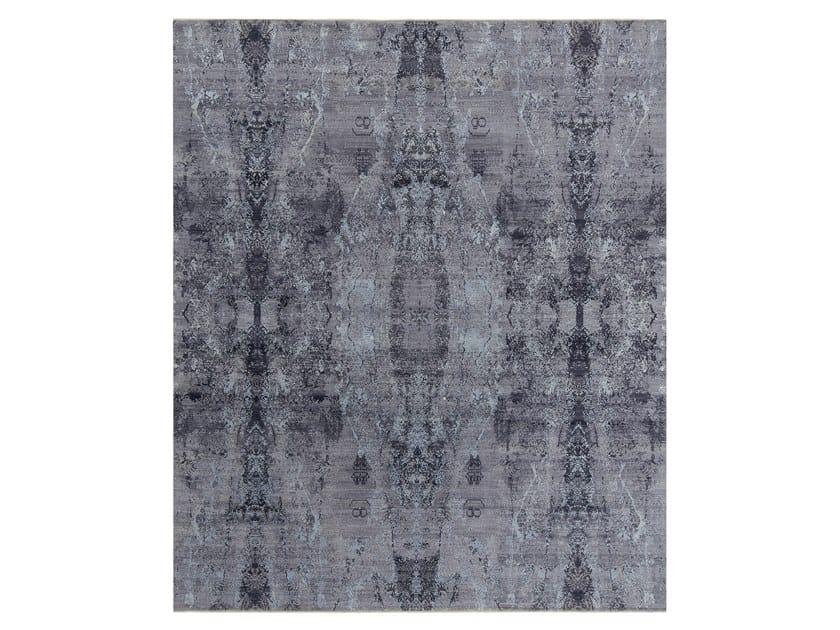 Handmade custom rug VISUAL PURPLE BLUE AZ11 by Thibault Van Renne