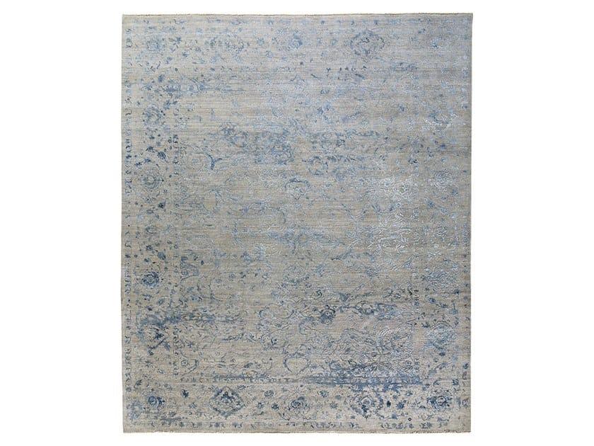 Handmade custom rug VIVIANE F6 BLUE by Thibault Van Renne