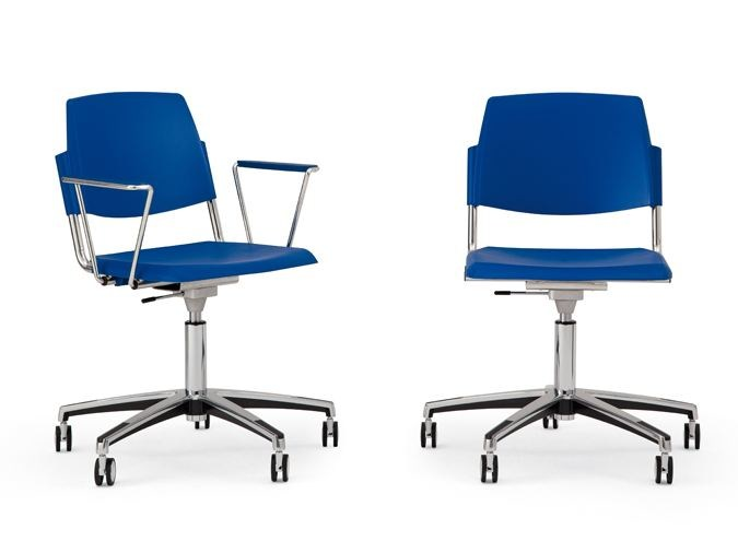 Chair with 5-spoke base with casters VOLÉE PLASTIC   Chair with casters by Diemmebi