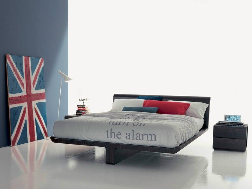 Lacquered oak double bed VOLO | Bed by Fimar