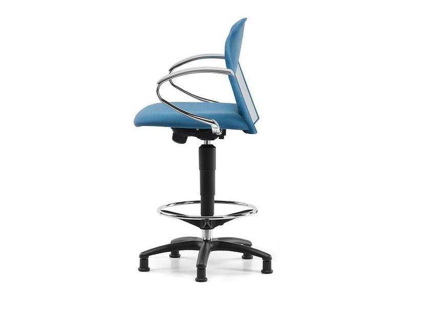 Sedia ufficio operativa in tessuto a 5 razze con braccioli per disegnatore VULCAN 1335 Z by TALIN