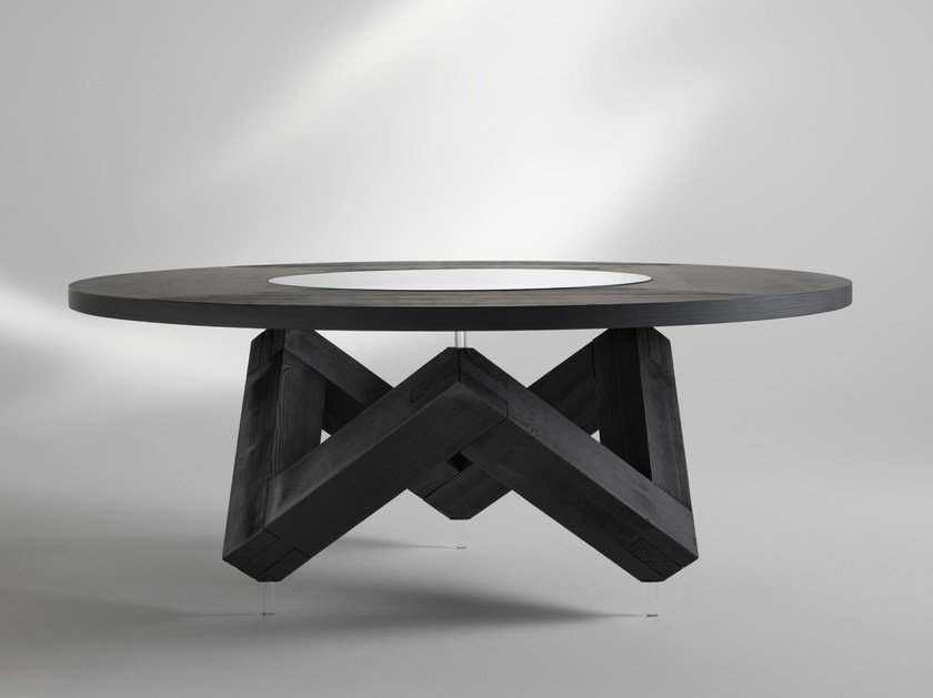 Round wooden table W | Wooden table by ALBEDO