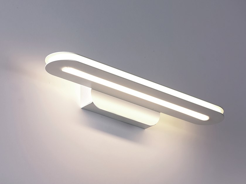 Metal wall lamp TRATTO | Wall lamp by Cattaneo