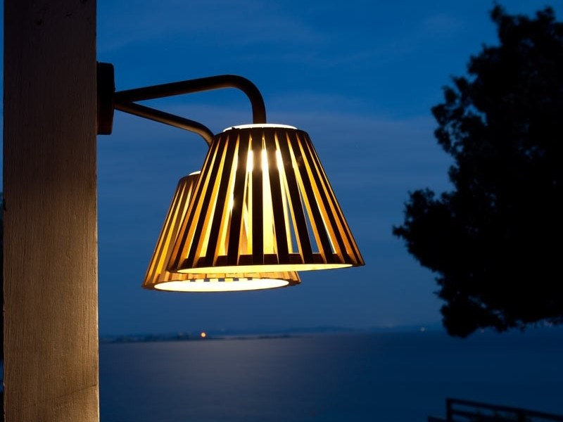 LED teak wall lamp MIZAR | Wall lamp by Unopiù