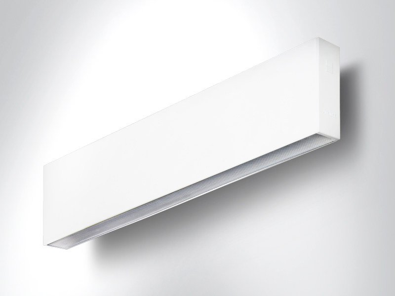 LED extruded aluminium wall lamp RIGO | Wall lamp by Arcluce
