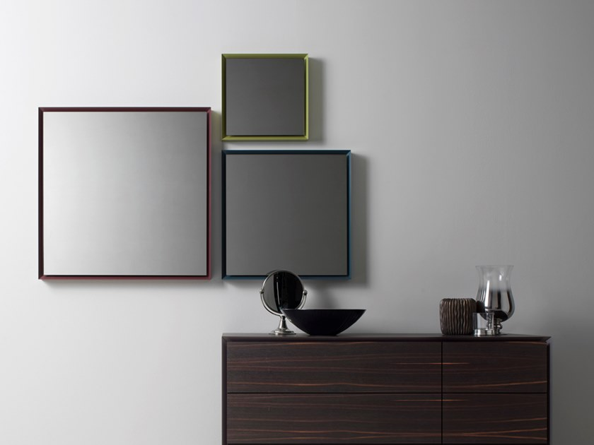 Framed mirror QUARANTACINQUE | Wall-mounted mirror by Capo d'Opera