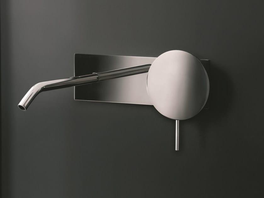 Rubinetto per lavabo a muro con piastra COLIBRÌ | Rubinetto per lavabo a muro by Fantini Rubinetti