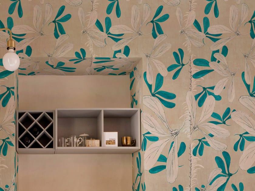 Wallpaper with floral pattern FLEUR DES AMERIQUE by Wall&decò