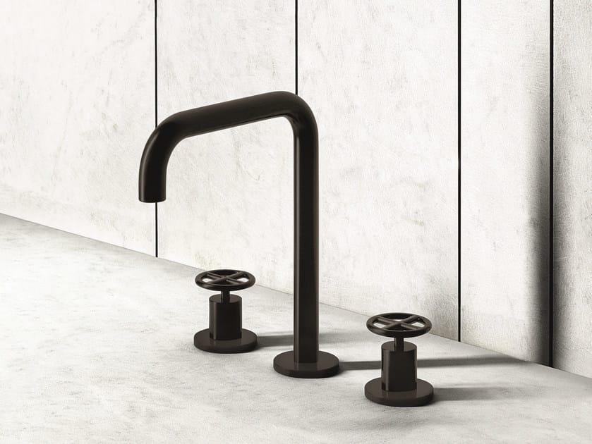 3 hole countertop washbasin tap FONTANE BIANCHE   3 hole washbasin tap by Fantini Rubinetti