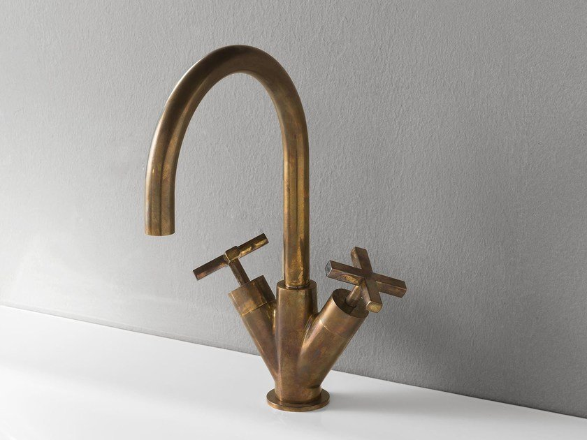 Countertop 1 hole brass washbasin tap LINE | Brass washbasin tap by Rubinetterie 3M