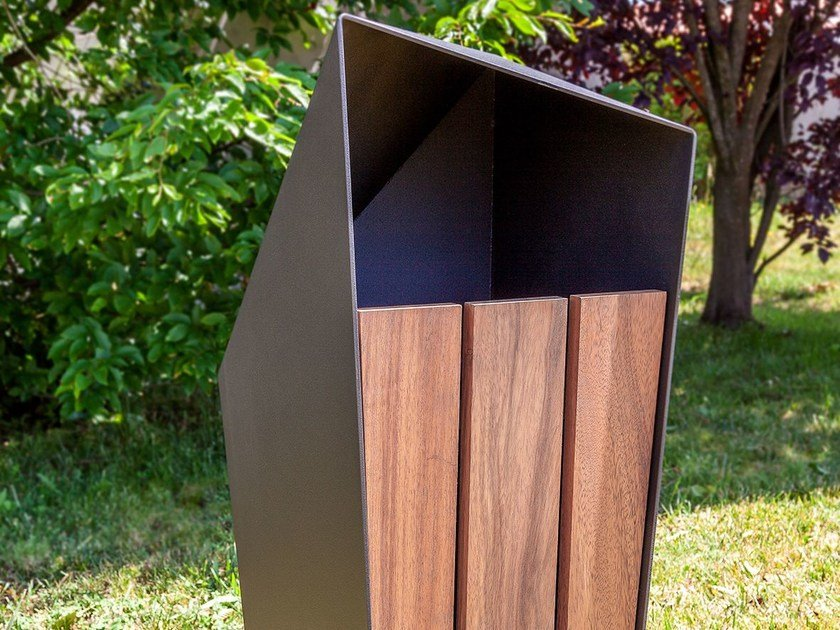 Outdoor litter bin SKEW | Litter bin by SIT