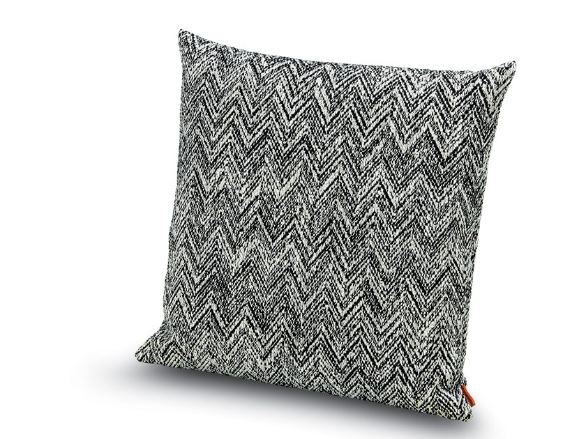 Cushion in black and white jacquard fabric WELTENBURG by MissoniHome