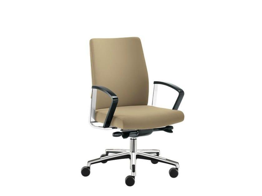 Ergonomic swivel task chair WIN-I | Swivel task chair by Sesta