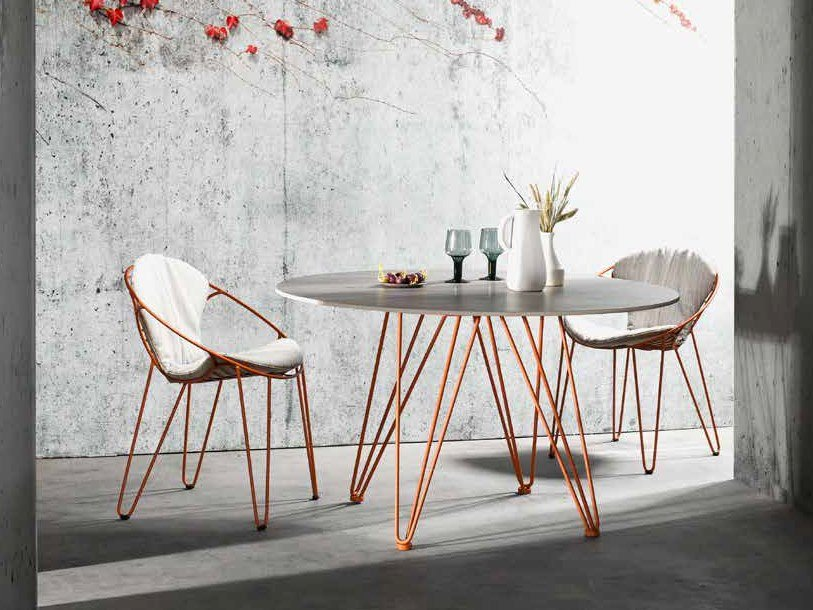 Round Xeramica table WIRE | Round table by Joli