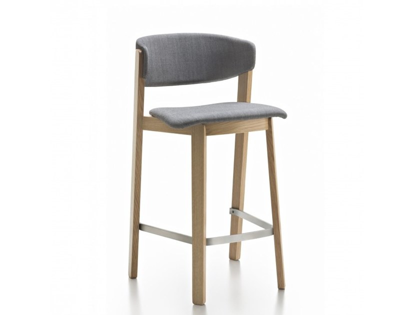 High oak stool with back WOLFGANG | Oak stool by Huppé